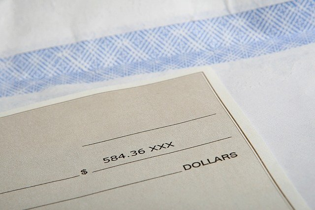 Kako se vrstijo plačilni razredi po poklicih?